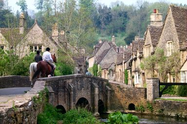 A few pictures from castle combe wiltshire for Piani di campagna inglese